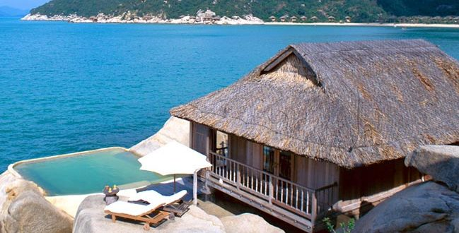Ngành du lịch và dịch vụ lưu trú Việt Nam